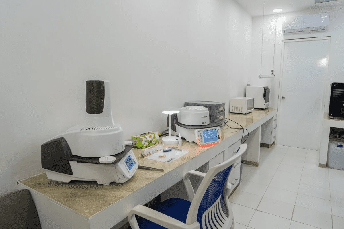 Dentics Cancún Dental Clinic in Mexico